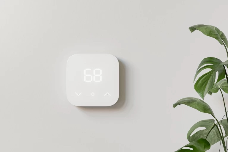 An affordable smart home thermostat. Image source: Amazon.