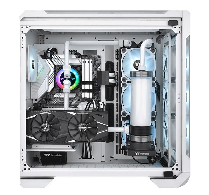 """Thermaltake now has a non-RGB edition without the """"Plus"""" nomenclature, the Pacific PR32-D5."""