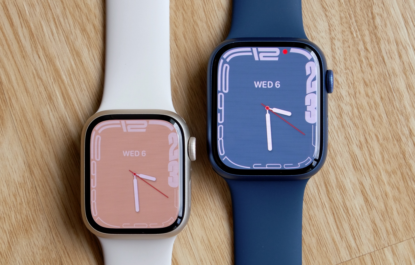 The smaller 41mm model is the on left and the larger 45mm model is on the right.