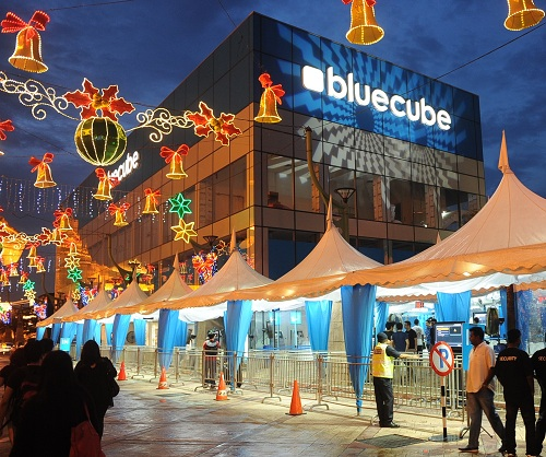 Celcom's Blue Cube store in Sunway Pyramid is one of two places where you can experience 4G LTE connectivity today