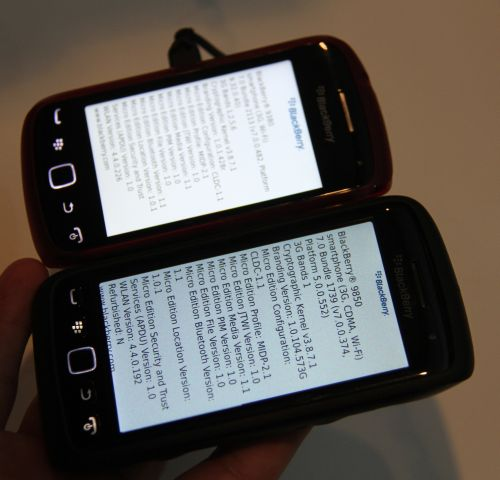 Here's a quick comparison of the general size of the BlackBerry Curve 9380 (background device) with the BlackBerry Torch 9850 (foreground device).