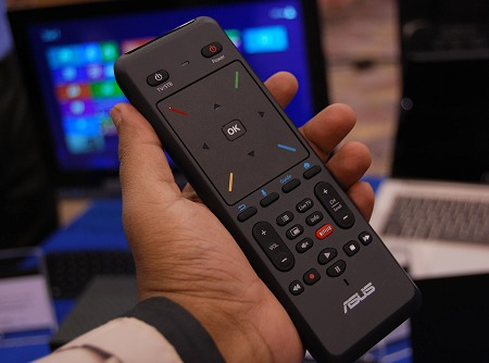 The remote's matte finish and large clickpad seem to have the right design aspects incorporated. Additionally, it supports motion-based control and has voice search functions integrated.