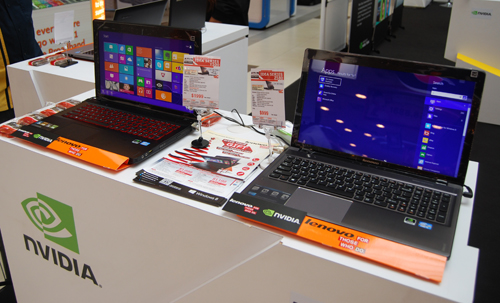 The new Lenovo IdeaPad Y500 can be seen on the left.