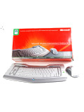 First Looks: Microsoft Wireless Entertainment Desktop 8000