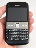 First Looks: Nokia E5